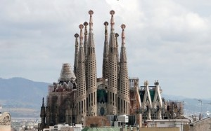 La-Sagrada-Família-640x400